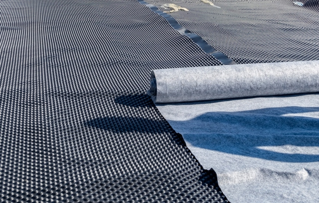 Outdoor Walk In Coolers And Freezers Rubber Roof Membranes